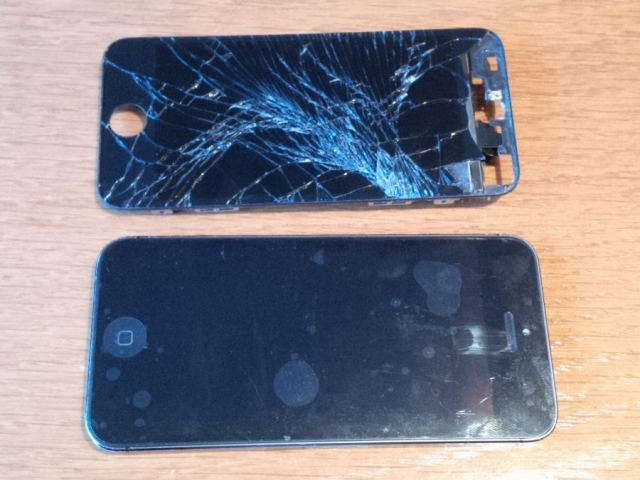 iPhone 5 Screen Old and New Front